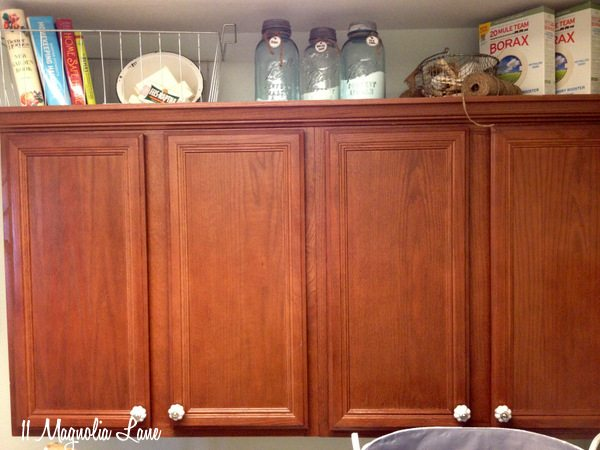 laundry-room-above-cabinet