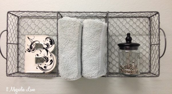 laundry-room-chicken-wire-basket