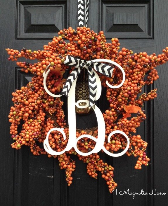 fall-initial-monogram-berry-wreath