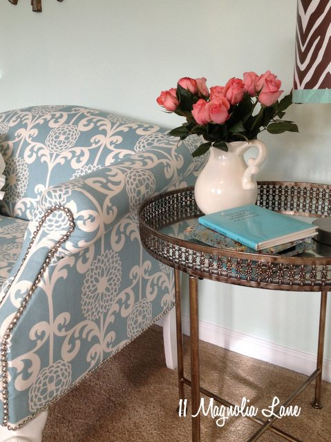 loveseat with table