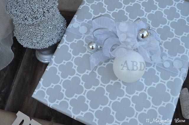 1-silver-white-quatrefoil-gift
