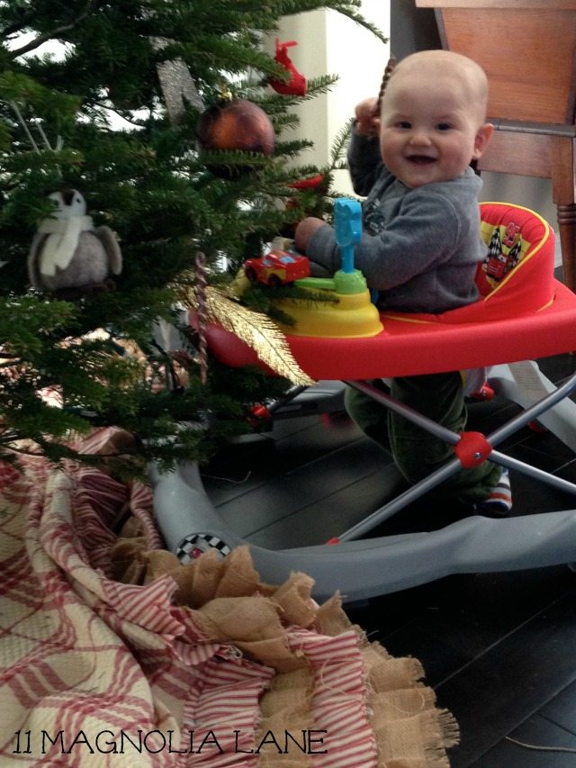 Atlas and the Christmas Tree