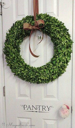 boxwood-wreath-pantry-door-stencil-holiday