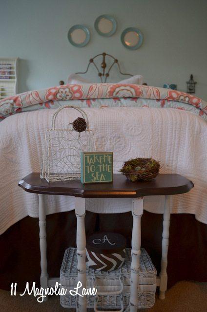 aqua-room-small-table