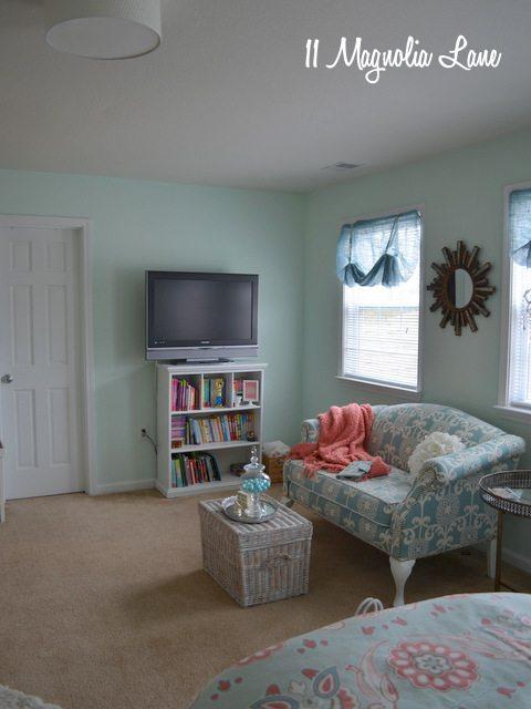 aqua-room-tv