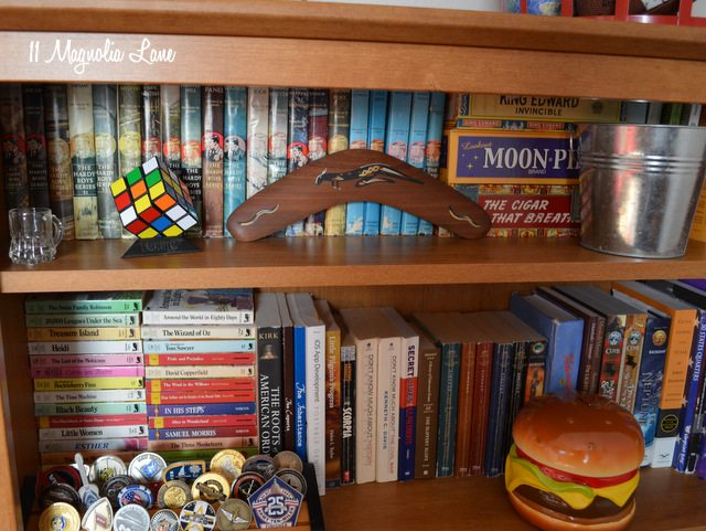 bookcase-close