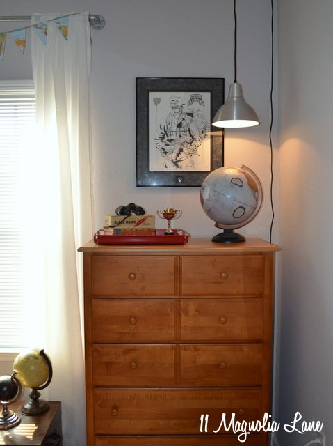 teen-boy-dresser
