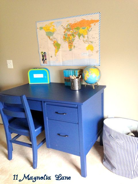 Boys_bedroom_Desk