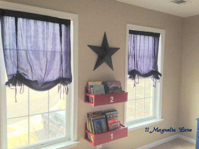 Boys_Bedroom_Book_Shelves
