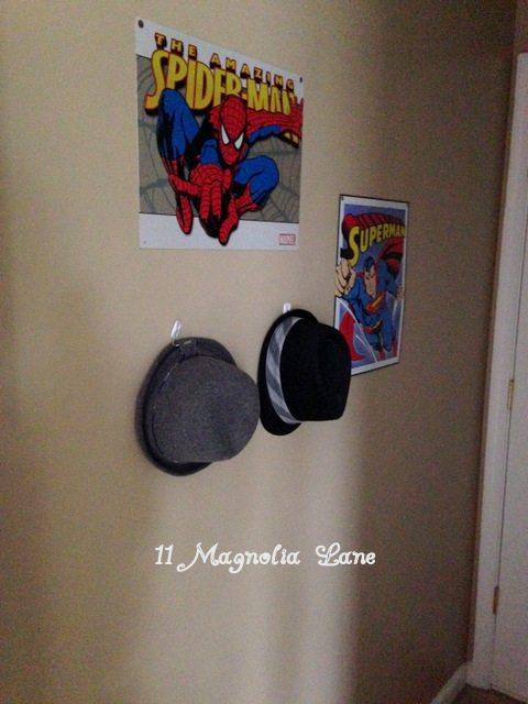 Boys_Bedroom_Hat_Storage