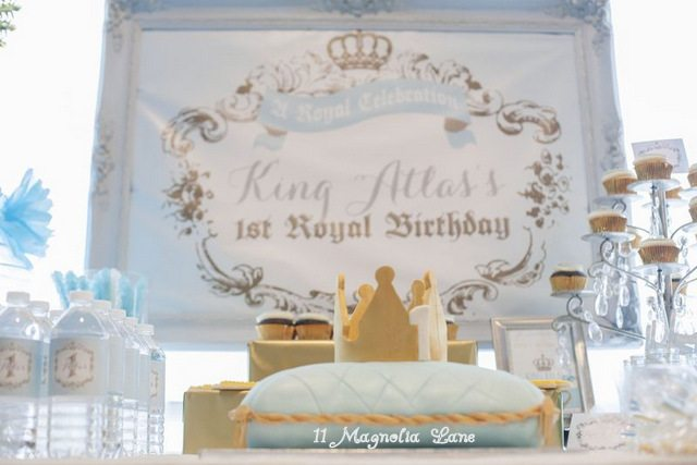 King Themed First Birthday: Royal Celebration