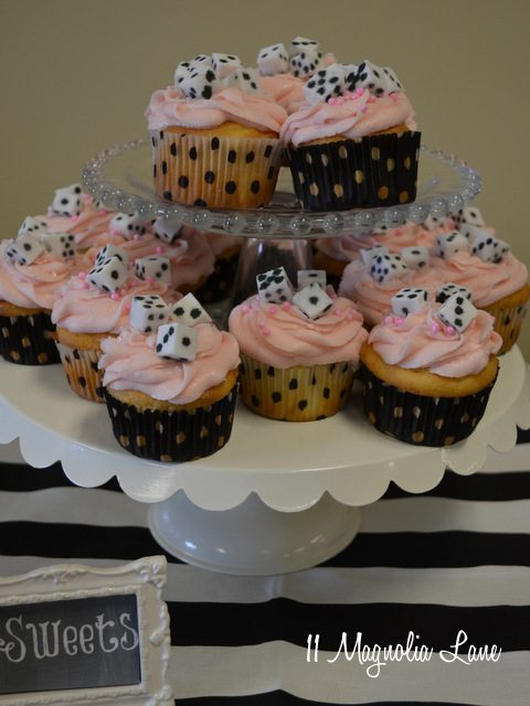 bunco dice cupcakes