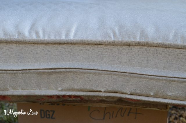 outdoor-cushions-drips