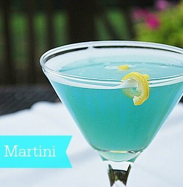 It's 5 o'clock at Magnolia Lane {Beach Martini}