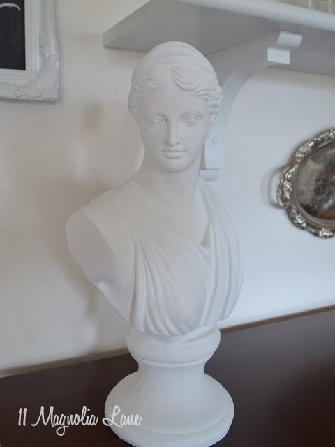 white bust statue