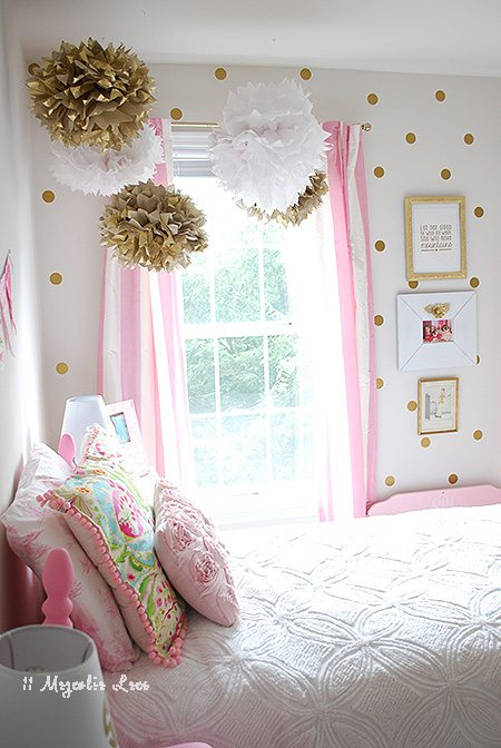 girls-room-pink-aqua-gold