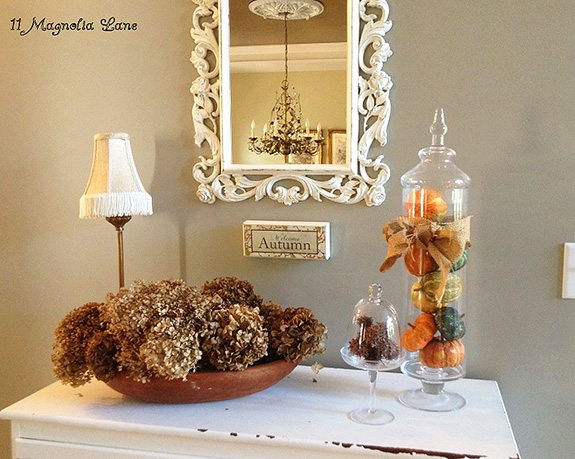 christy-foyer-Fall-Decor