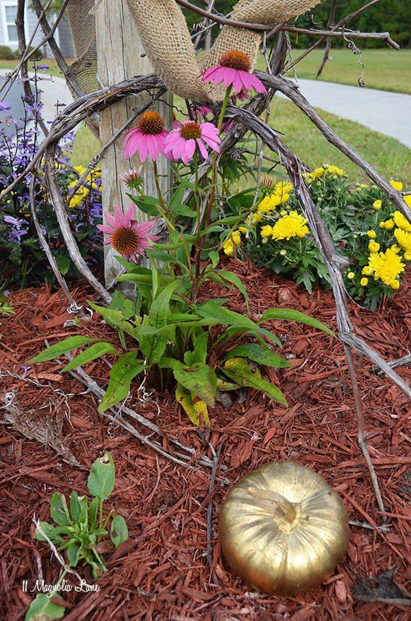 Outdoor Fall Decor Ideas | 11 Magnolia Lane