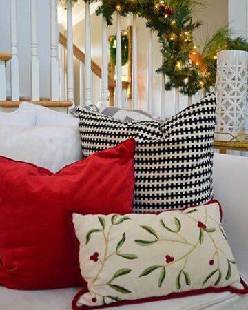 Christmas pillows | 11 Magnolia Lane