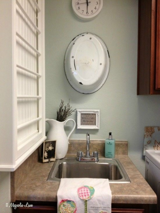 Laundry room with vintage touches (in a rental!) | 11 Magnolia Lane
