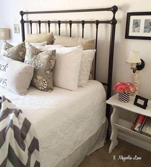 Guest room | 11 Magnolia Lane