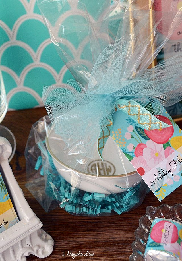 Volunteer/teacher appreciation gift idea and printable | 11 Magnolia Lane