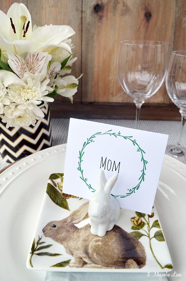 Printable wreath Easter table placecards | 11 Magnolia Lane