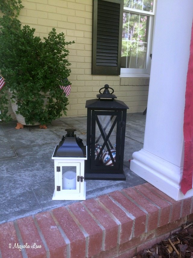 Lanterns on front porch | 11 Magnolia Lane