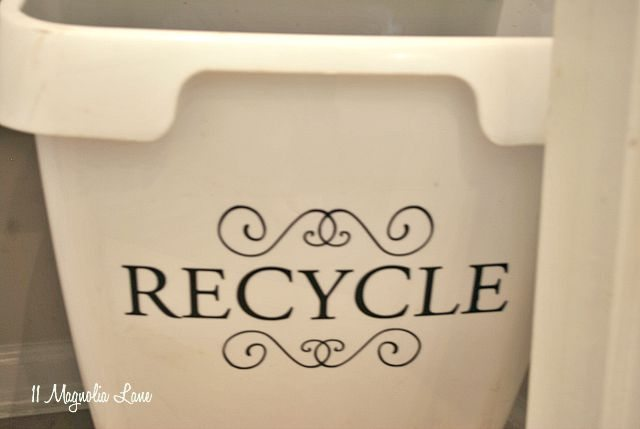 recycle-bin-vinyl-sign