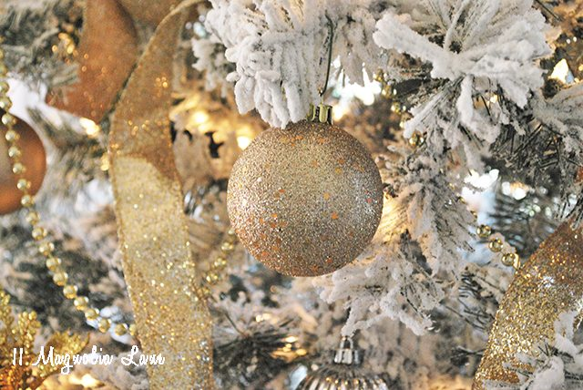 ornament-in-tree-at-home