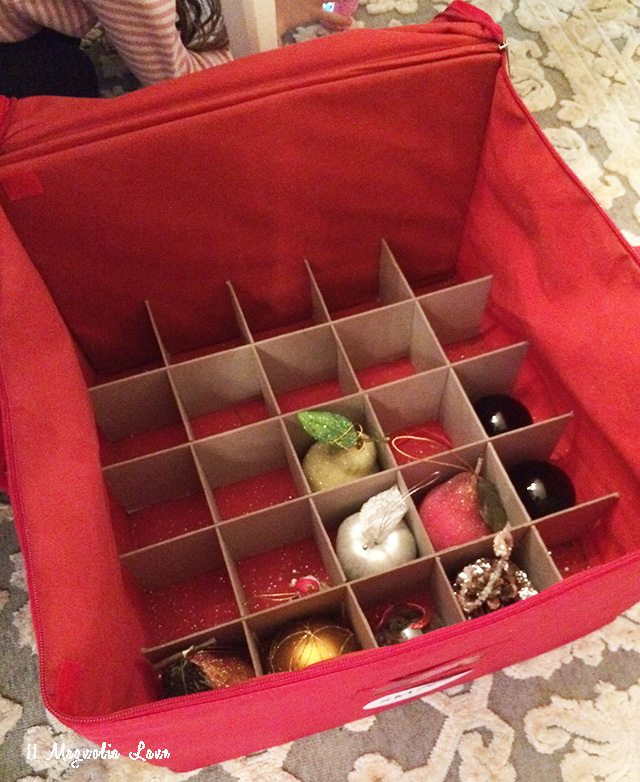christmas-tree-ornament-organizer