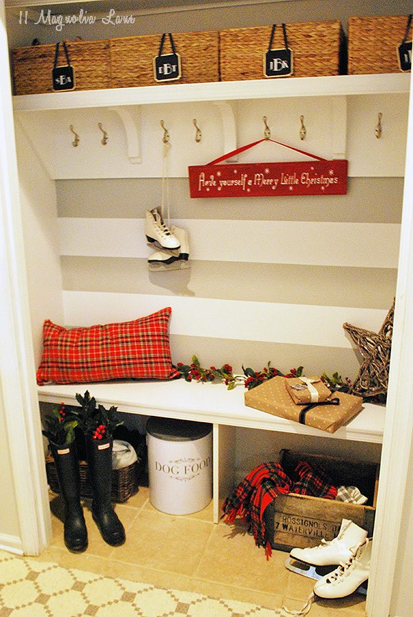 mudroom-holiday