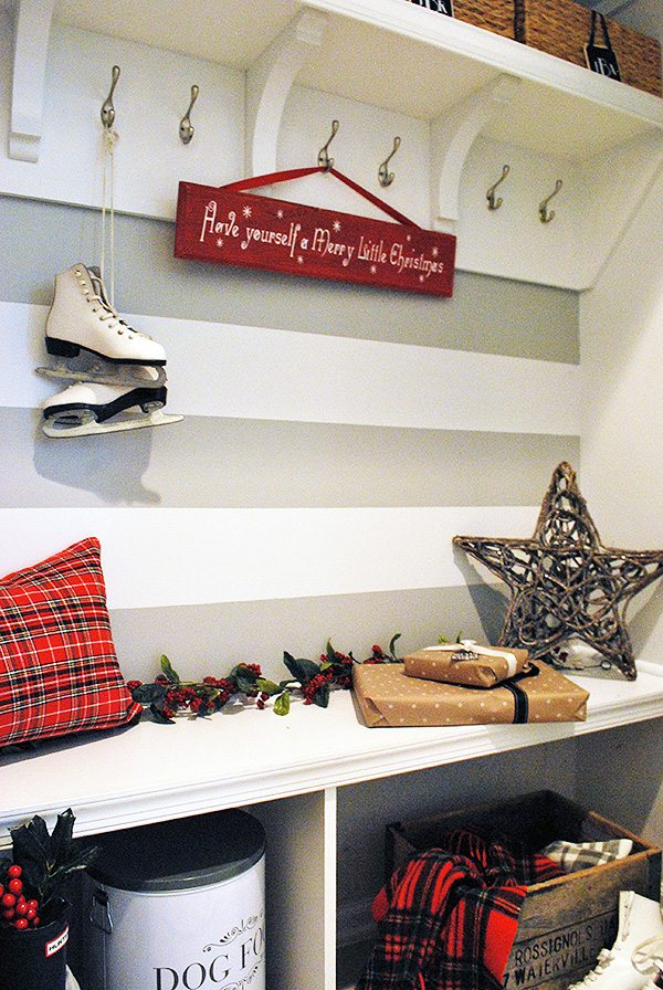 mudroom-holiday2