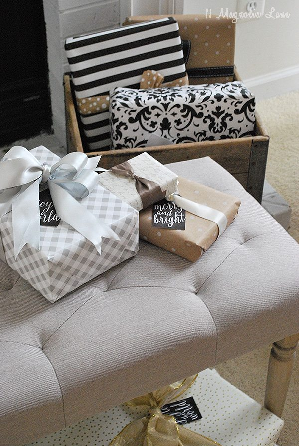 presents-bench-family-room
