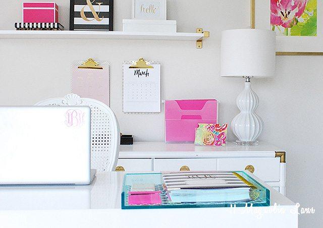 amy-office-blogging copy