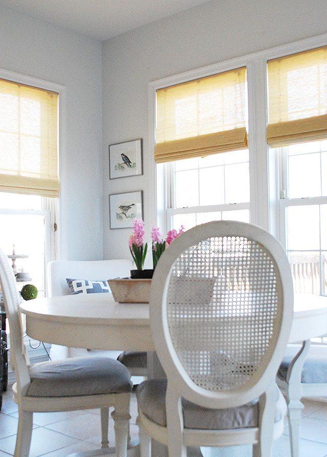 breakfast-room-corner-bird-prints