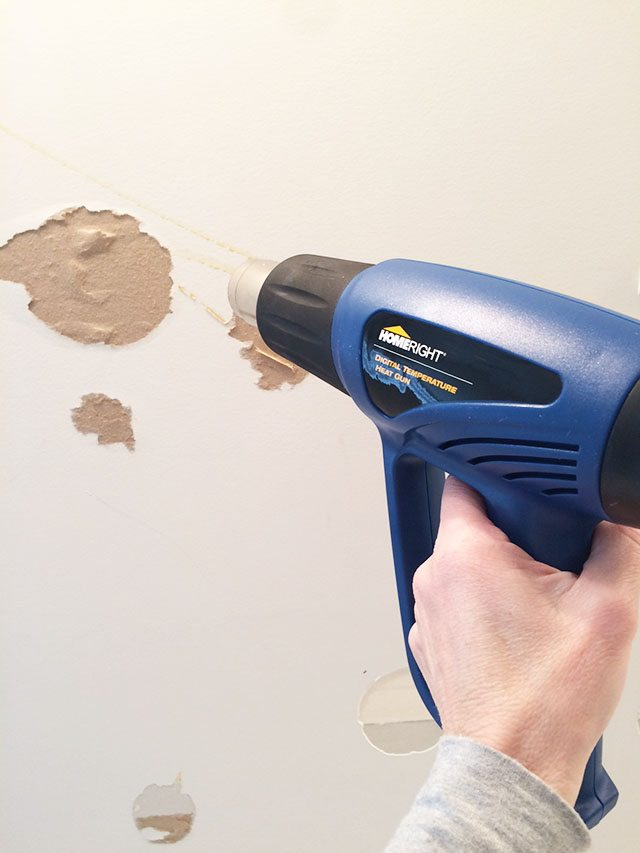 removing-glue-from-wall-mirror