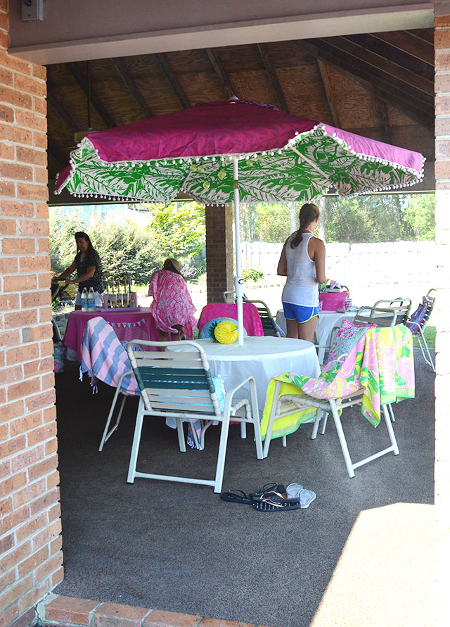 Lilly Pulitzer themed teen girl's birthday party | 11 Magnolia Lane