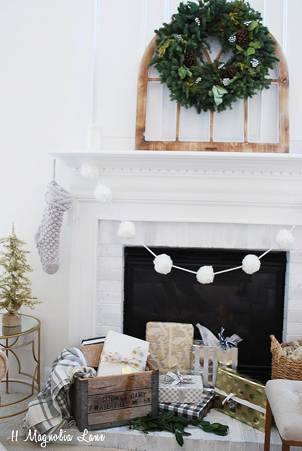 amy-11-magnolia-lane-holiday-home-tour-2016-21