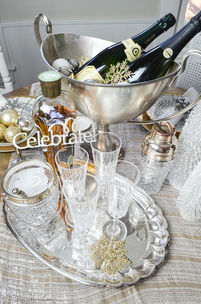 New Years' Eve Entertaining Ideas | 11 Magnolia Lane