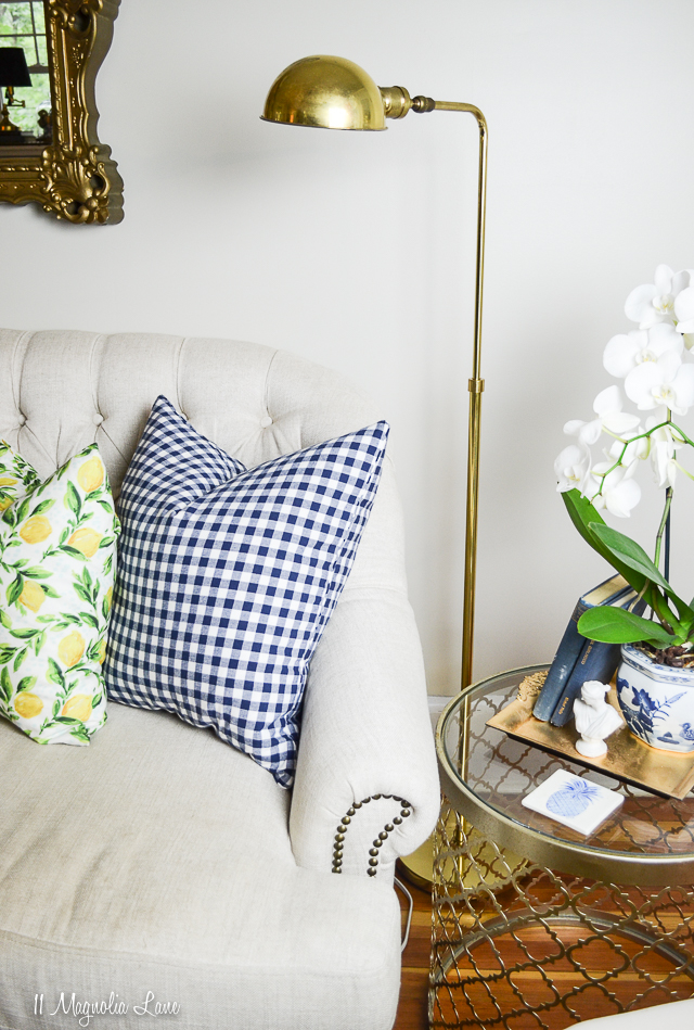Vintage brass floor lamp | 11 Magnolia Lane