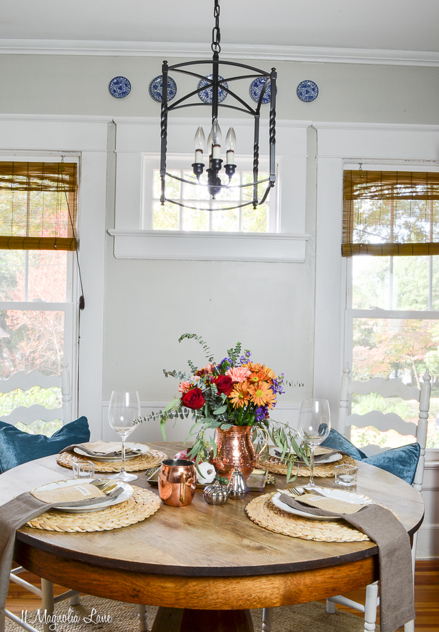 Thanksgiving table for four | 11 Magnolia Lane