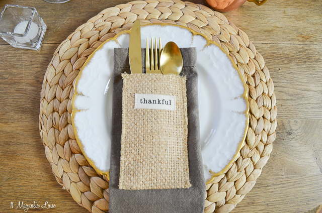 Thanksgiving table for four   11 Magnolia Lane