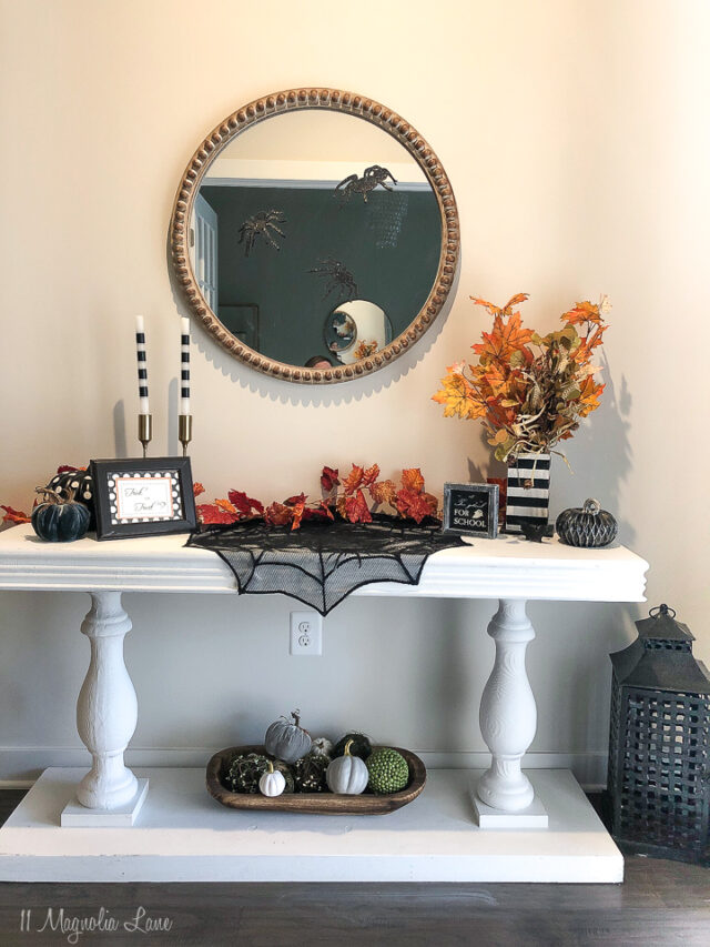 Halloween Tablescape Ideas and other easy Halloween decor