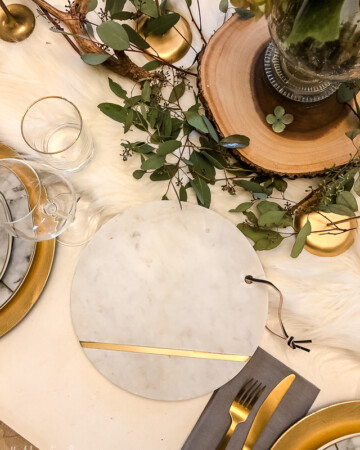 A Rustic And Glam Tablescape for the Holidays