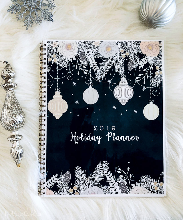 A free holiday printable planner to help organize your holiday season
