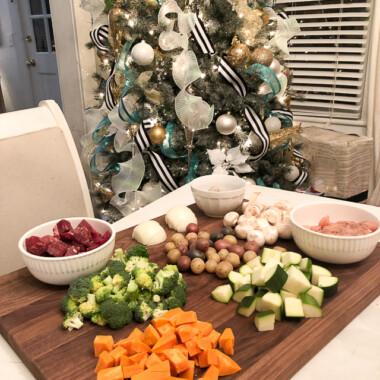Festive Family Meal: Fondue