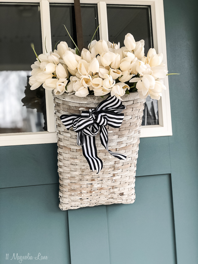 easy spring front door decoration