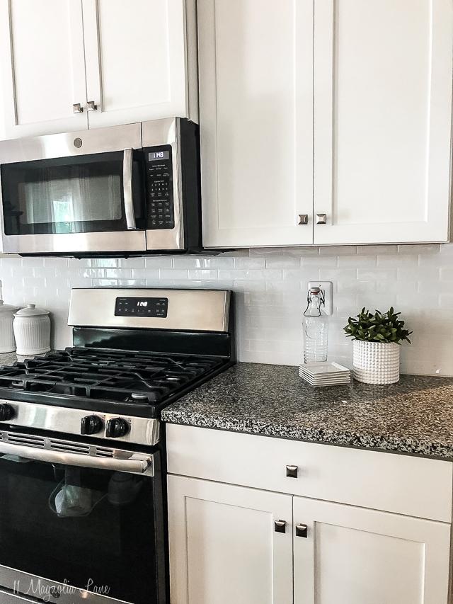 easy DIY kitchen backsplash
