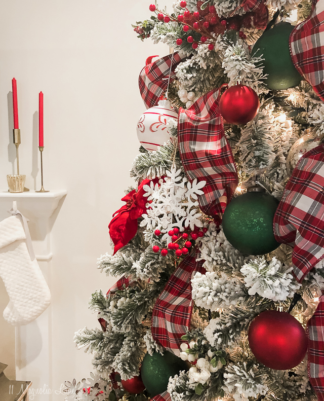 A classic Christmas collection in red and green
